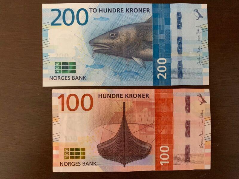 100 + 200 Norway Kroner Banknotes. 300 Kronor Total. Norwegian Cir Banknote.
