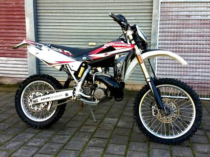 Husqvarna Husky WR 250 2007 Enduro/Trail Dirt Bike (2 Stroke 2T)