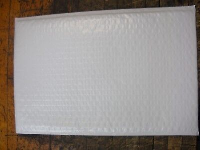 - Qty of 12 (1 dozen) White #3 Poly Bubble Mailers 8.5