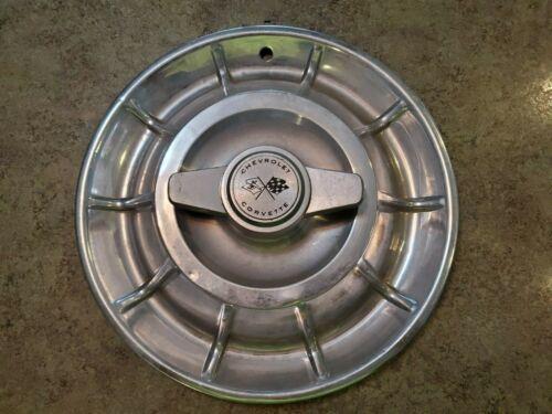 """Vintage 1960s CHEVROLET CORVETTE Hubcap Wheel Cover Spinner 15.25"""" Diameter"""