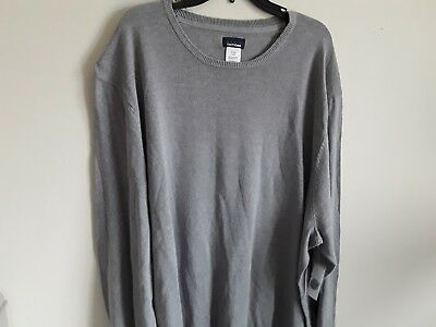 - Mens sweater crewneck brand Basic Editions new with tags color gray