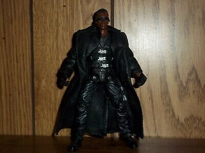ToyBiz Marvel Legends Series V 5 Blade (Wesley Snipes) action figure loose 2003