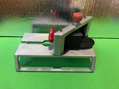 Lincoln Redco Instaslice 46804 With 14 Scalloped Cut Tomato Slicer Blade
