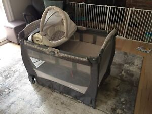 Graco Pack n Play with