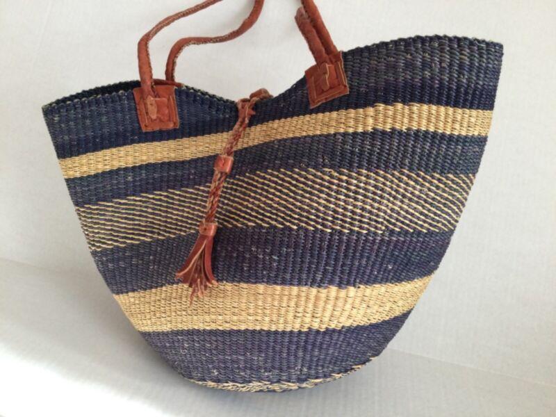 Alaffia Authentic Shoulder Basket Tote Market Bag Leather Straps & Closure