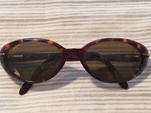 Authentic Women's Maui Jim Sunglasses