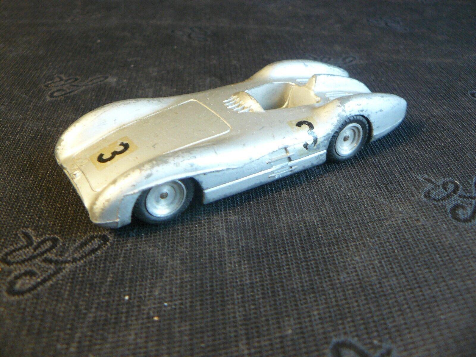 Belle miniature auto en métal marklin (voiture de course) allemagne 1950 beg