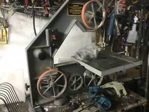 Industrial band saw