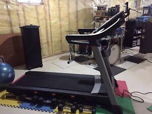 NotdicTrack C 1650 treadmill