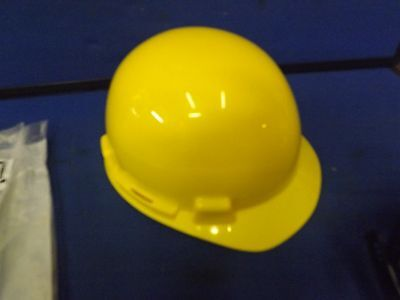 NEW Radnor Type 1 Protective Yellow Hard Plastic Construction Safety Hat Helmet
