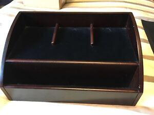 Excellent condition ! WOOD Charging station for cell phone