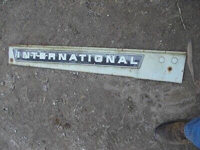 International 656 Rc Tractor Ihc White Front Side Hood Engine Panel W Emblem