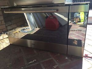 900mm Omega Electric Wall Oven OO971XA Yallambie Banyule Area Preview