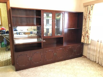 Wall unit | Cabinets | Gumtree Australia North Canberra - Downer ...
