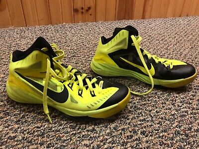 NIKE BASKETBALL SHOES-High Top Size 8