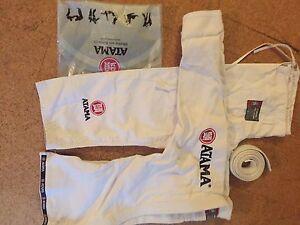 Women's Atama Brazilian Jiu Jitsu Gi - Size 5 Kew Boroondara Area Preview