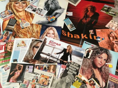 Shakira big clipping posters lot 200+ See all photo