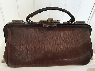 Vintage Gladstone Doctor's Bag