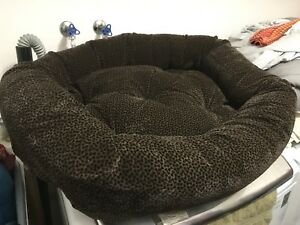 Bowsers Donut Dog Bed (Chocolate Bones)