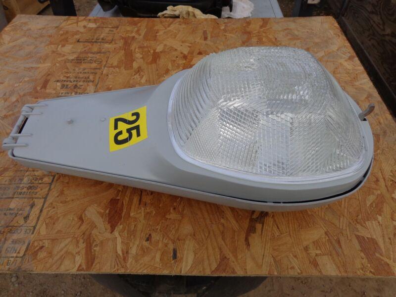 American Electric Lighting-High Pressure Sodium Horizontal Luminaire 250 Watt