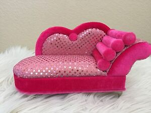 Pink glitter style sofa chaise longue jewelry box doll 39 s for Chaise jewelry box
