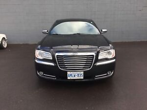 2012 Chrysler 300 LIMITED LOW KMS NO ACCIDENTS PRISTINE CAR