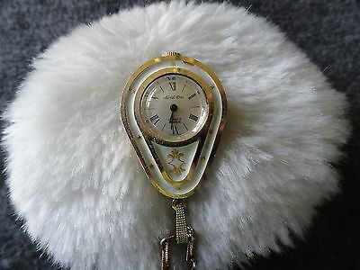 Swiss Made North Star 17 Jewels Incabloc Wind Up Necklace Pendant Watch