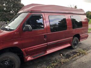 1998 E250 wheelchair van