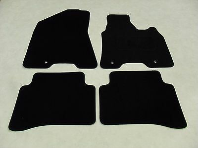 Car Parts - Kia Sportage 2016-19 Fully Tailored Deluxe Car Mats in Black. For Hook Fixings