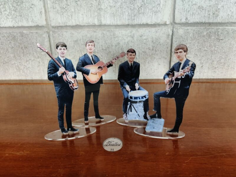 The Beatles First Era figures cristal clear acrylic. They look incredibly real!
