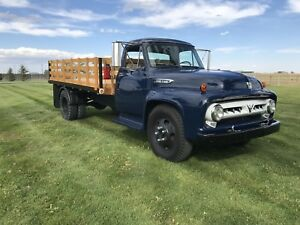 1953 Ford F600 with hoist 'SALE PENDING'