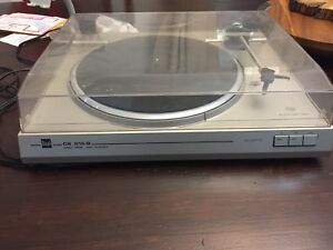 Dual direct drive turntable