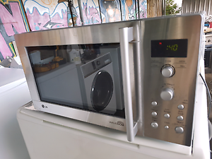 EXCELLENT LG WAVEDOM MICROWAVE Thomastown Whittlesea Area Preview