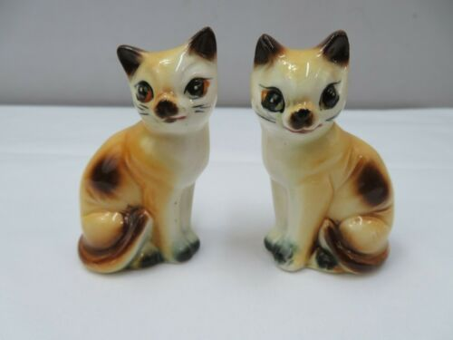 SIAMESE CAT SALT & PEPPER SHAKERS  JAPAN  VINTAGE