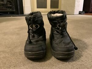 Wanted: Black XTM kids snow boots: size US 9/9.5