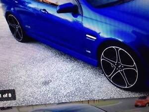 22 inch mag wheels with new tyres VE Commodore Varsity Lakes Gold Coast South Preview