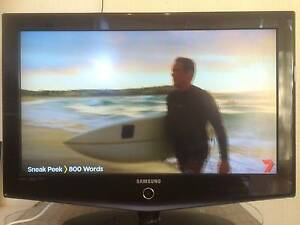 """32"""" HD LCD TV Samsung Television LA32R71BD Woolloongabba Brisbane South West Preview"""