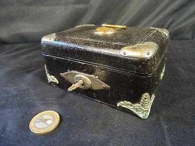 ae8971221eb ancien petit coffre à bijoux XIXéme d occasion Chezal Benoît