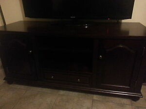 TV stand/ entertainment unit Kitchener / Waterloo Kitchener Area image 1