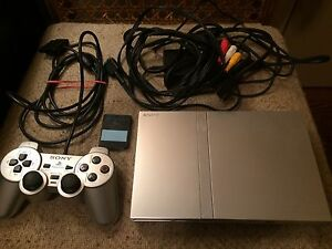 Slim ps2 silver bundle / PlayStation 2