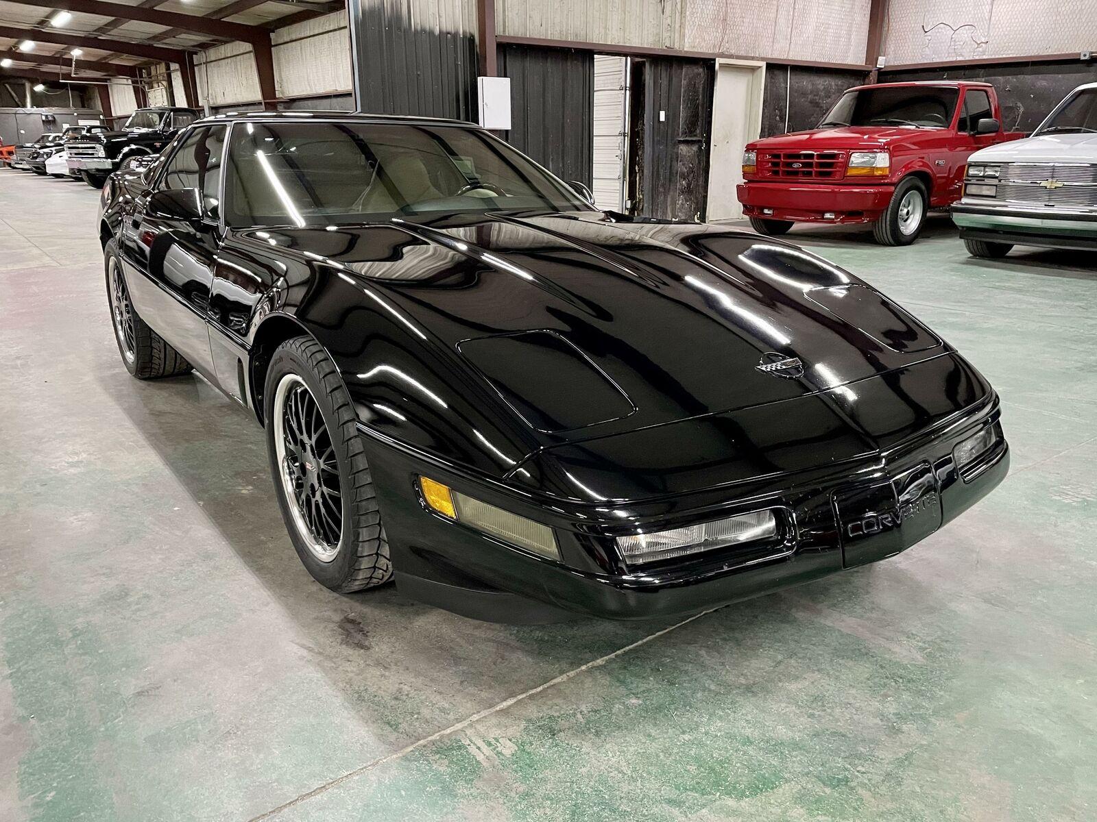 1996 Black Chevrolet Corvette     C4 Corvette Photo 7
