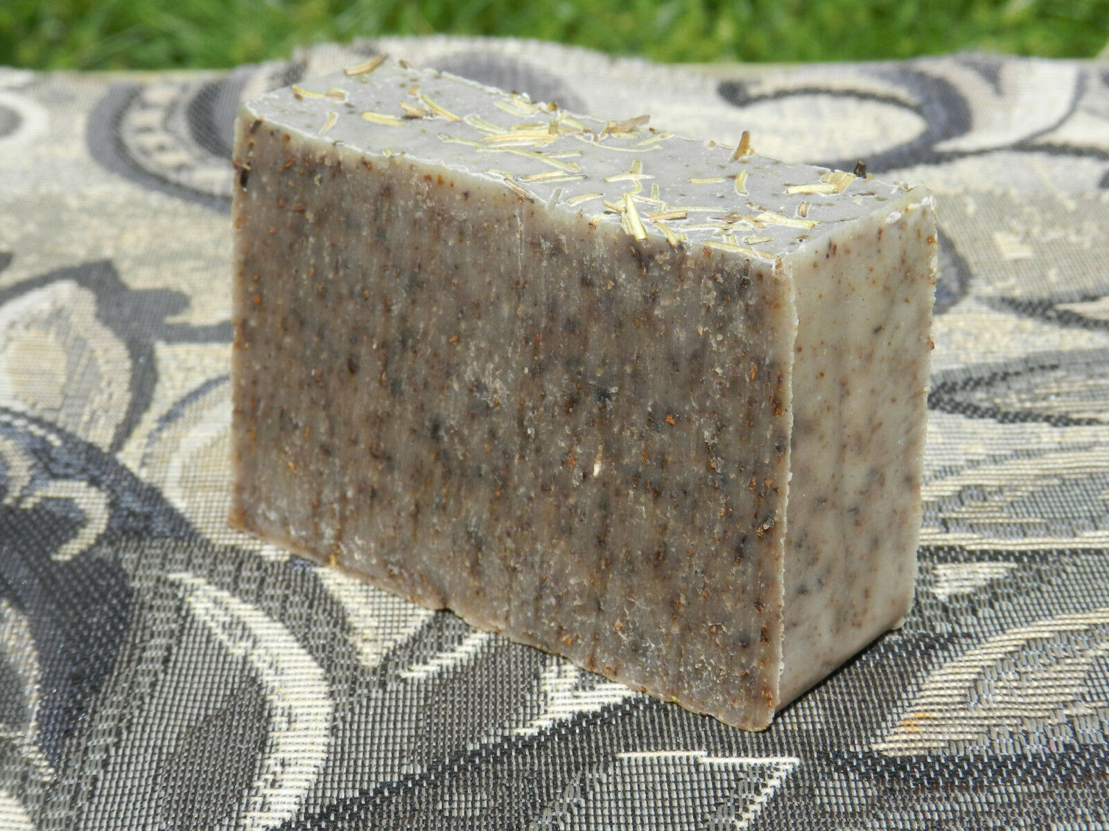 dog bar soap diatomaceous earth natural flea tick rosemary lavender coconut oil