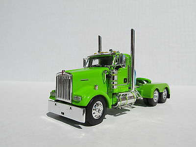 DCP 1/64 SCALE W-900 KENWORTH DAY CAB LIME GREEN - TRACTOR ONLY