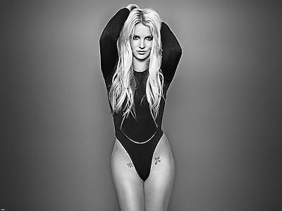 Britney Spears Unsigned 8x10 Photo (88)