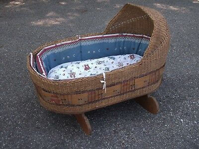 "ANTIQUE LARGE NATURAL WICKER HANDMADE BABY BASKET/BASSINET/CRADLE 38Lx27Hx21""W"