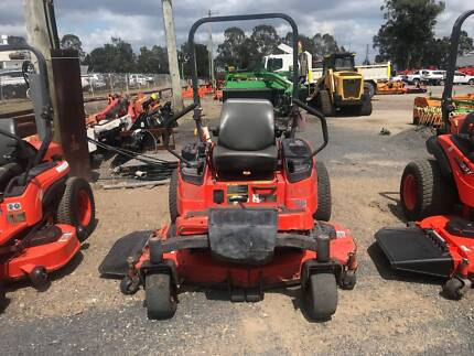 KUBOTA ZD326 ZERO TURN MOWER (H)