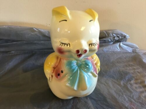 Vintage bank. Pottery pig. American Bisque
