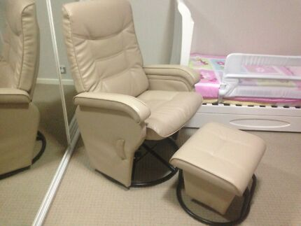 Love n Care Deluxe Glider Chair