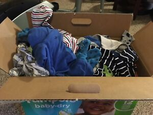 Box of Boy clothes - 12/18 months