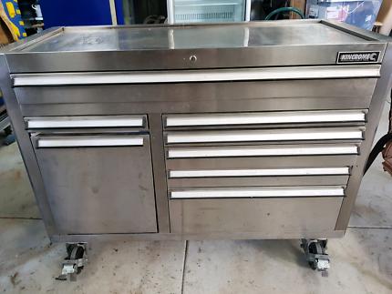 Kingcrome tool chest & fridge.
